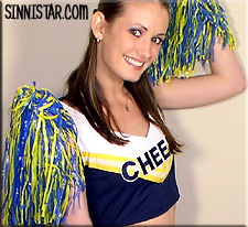 Hailey Young cheerleader